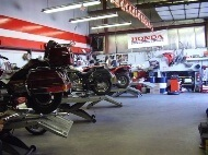 Service shop at Honda Northwest